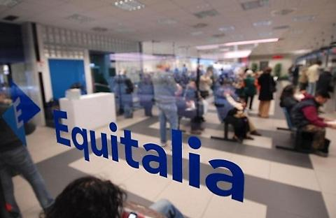 Equitalia scandalo choc: in 15 anni 217 miliardi di cartelle false