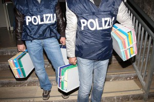 sequestro-fascicoli-polizia-documenti