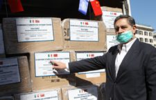 Foto IPP/Alfonso Cannavacciuolo Genova 19/03/2020 Emergenza Coronavirus nella foto: toti giovanni ritira 50.000 mascherine dalla cina Italy Photo Press - World Copyright
