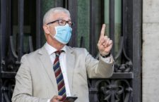Nicola Morra of the Five star moviment party, wearing a protective mask, arrive at the Senate where today the Italian Prime Minister announces the guidelines of Phase 2 of the fight against coronavirus diffusion, Rome, 21 May 2020.ANSA / FABIO FRUSTACI